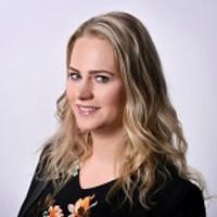 Yvonne Kholmy-de Jong.jpg