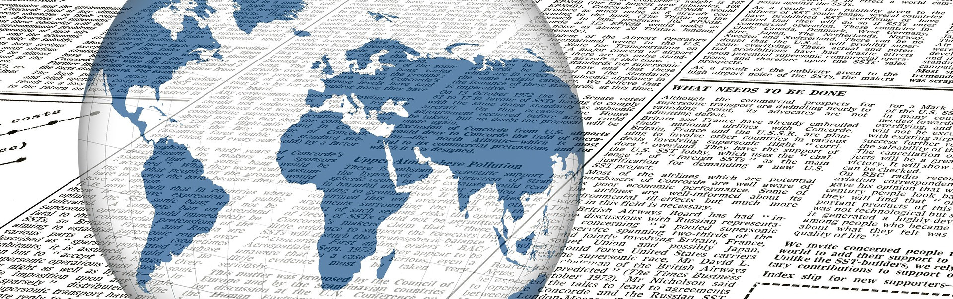 Wereldbol met krant