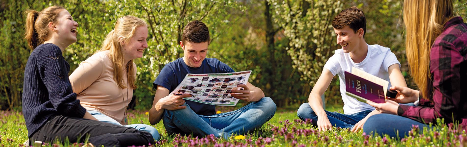 Studenten Aeres MBO Ede werken en relaxen samen